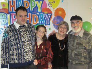 Judy Fettman celebrating her 40th, with fiancé & parents